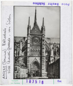 Cathedral of Amiens during WW I